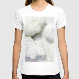 60pieces Fish-shaped Pancakes T-shirt