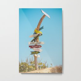 Arrows distance Metal Print