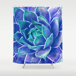 Suculenta Azul Shower Curtain