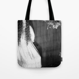 Screaming Chelsey Tote Bag