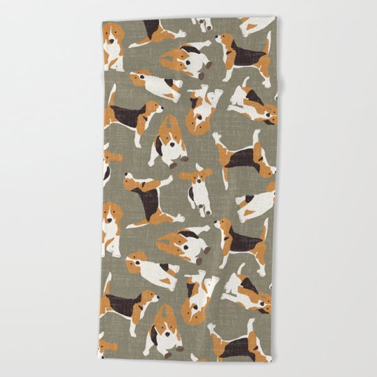beagle scatter stone Beach Towel