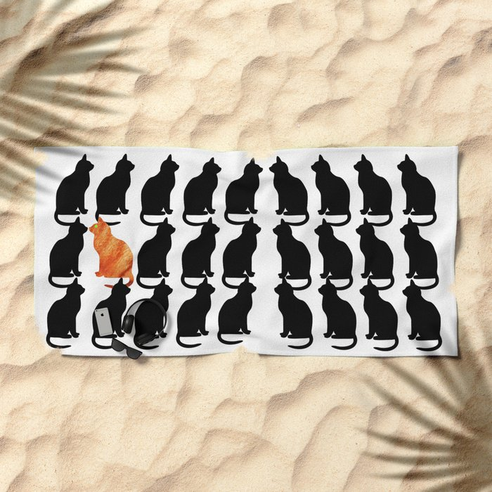 ODD CAT OUT Beach Towel