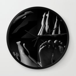 linear space Wall Clock