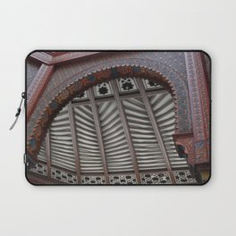 on and on Laptop Sleeve