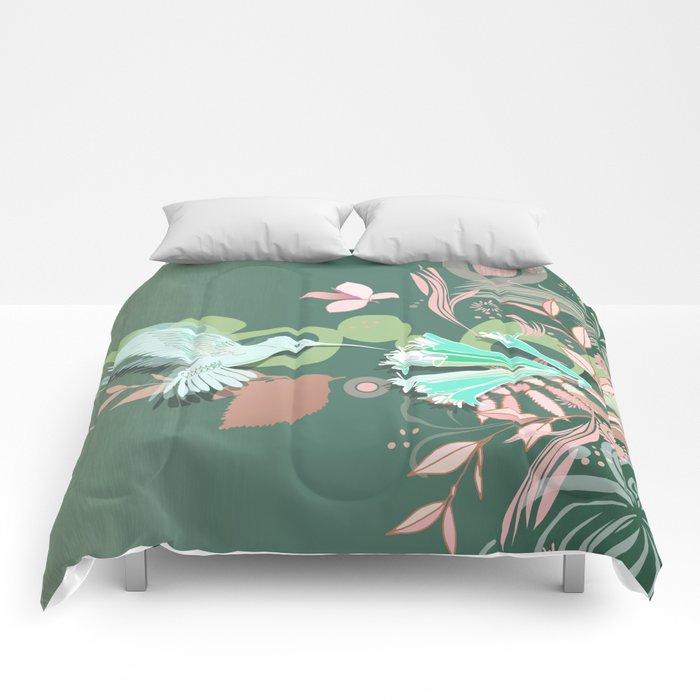 Hummingbird leaf tangle, green pale pink Comforters