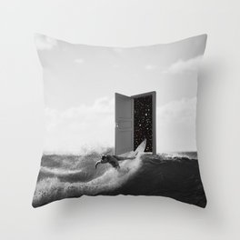 untamed wilderness Throw Pillow
