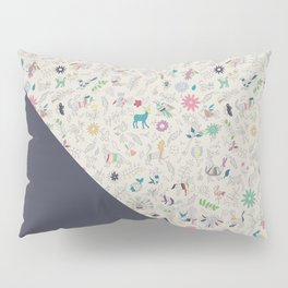 Pez Otomi dark by Ana Kane Pillow Sham