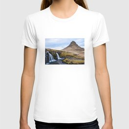 KIRKJUFELL-iceland T-shirt