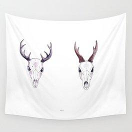 Roe deer   skull Wall Tapestry