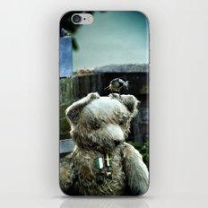 Clever little bird iPhone & iPod Skin