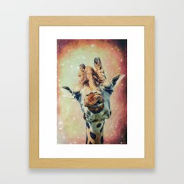 The giraffe Framed Art Print