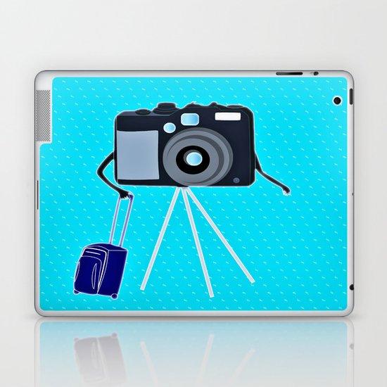 Camera on a photographic trip Laptop & iPad Skin