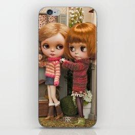 Erregiro Blythe Custom Doll Play Garden iPhone Skin