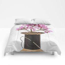 Wooden Vase Comforters