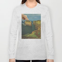 Serving up cake by the seaside Long Sleeve T-shirt