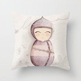 Poupée kakoon1 Throw Pillow