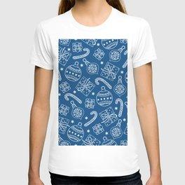 Christmas Doodle Pattern Pantone Classic Blue T-shirt