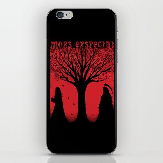 Mors Exspectat iPhone & iPod Skin