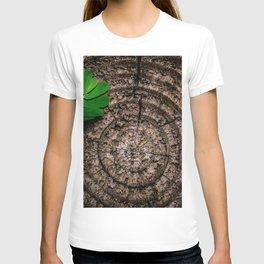 Green leaf Brown wood T-shirt