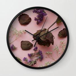 Flourish pattern in pink Wall Clock