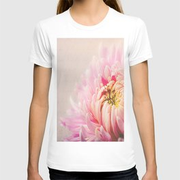 Chrysanthemum Autumn Pink T-shirt