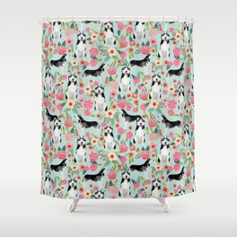 Husky dog breed must have gifts for dog person husky owner presents Shower Curtain