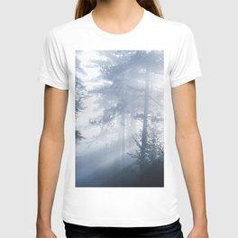 Sun rays shinning through foggy forest T-shirt