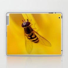 Hoverfly 56 Laptop & iPad Skin
