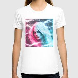 The creation of Harley Quinn - Margot Robbie T-shirt