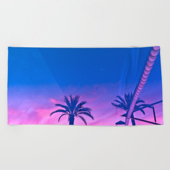 Sunset Reverberation Beach Towel