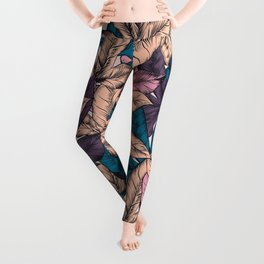 Tropical hand drawn pattern with leaves Leggings