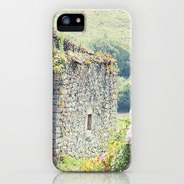 Casa de campo/ Cottage iPhone Case