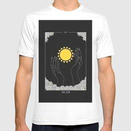 The Sun - Tarot Illustration T-shirt