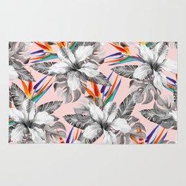 Monochrome tropic floral Rug