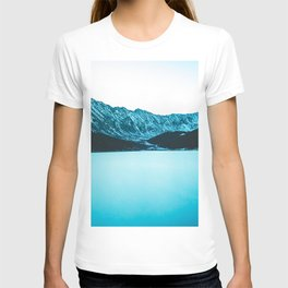 Clinton Gulch // Scenic Sunset Colorado Mountain Range Lake Forest Landscape Photography Decor T-shirt