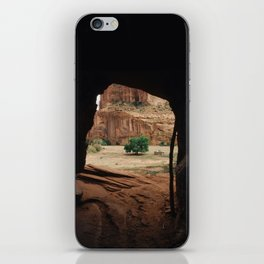 Canyon De Chelly Tunnel iPhone Skin
