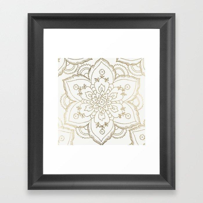 Chic elegant white faux gold spiritual floral mandala Gerahmter Kunstdruck
