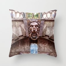 Weeping lion Throw Pillow