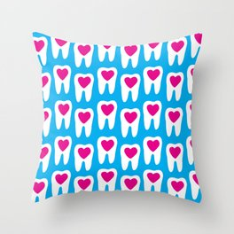 Teeth pattern with hearts in the center on blue background Throw Pillow