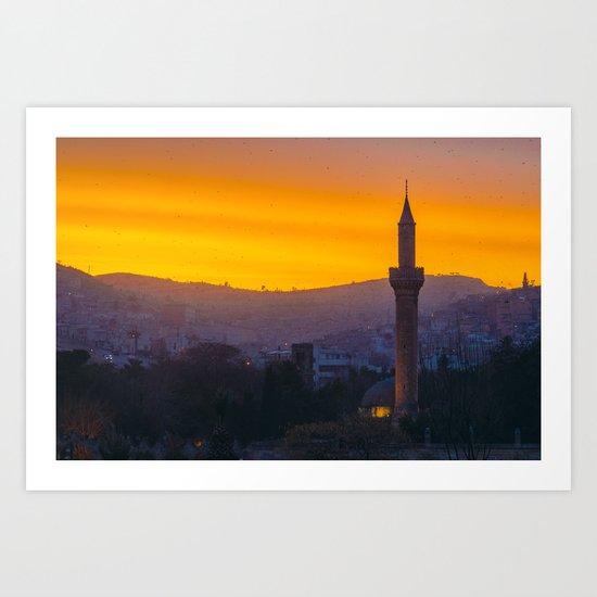 A minaret engulfed by birds by esecamalich