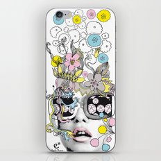 psykéwoman iPhone & iPod Skin