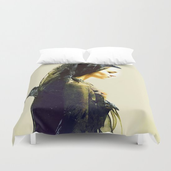 The carrier of ravens Duvet Cover
