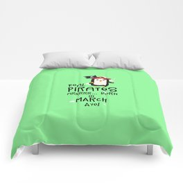 Real Pirates are born in MARCH T-Shirt Dsutv Comforters