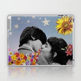 That Kiss Laptop & iPad Skin