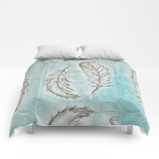 Feathers and memories Comforters
