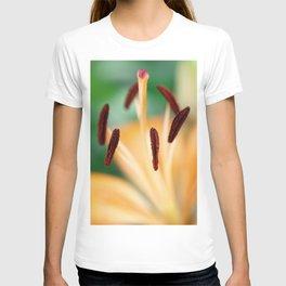 Lily Macro Photo T-shirt