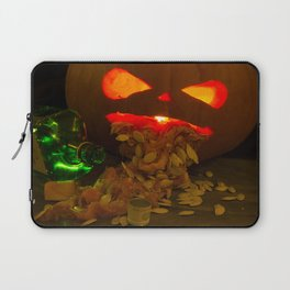 A night on the Gin Laptop Sleeve