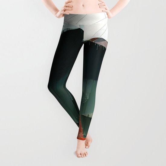 BRKNRFLCTN Leggings