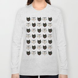 smiling cats black and white minimal design Long Sleeve T-shirt