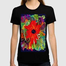 Beautiful flower art pattern decorative T-shirt
